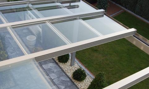 Glazen schuifdak veranda